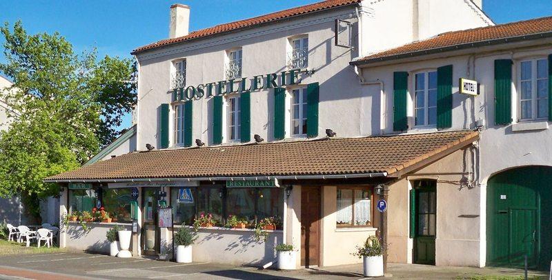 hotel andrezieux boutheon